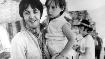 366 millió forintért kelt el a The Beatles egyik kézzel írt dalszövege