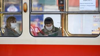 Ukrajnában 26 gyerek kapta el a vírust, Szlovénia úgy véli, náluk tetőzött a járvány