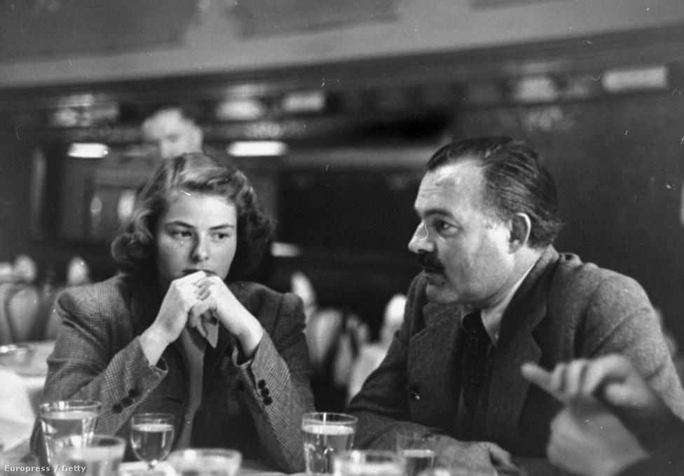 Ingrid Bergman az 1943-as Akiért a harang szól című filmért kapta meg első Oscar jelölését. A film Ernest Hemingway klasszikus regénye alapján készült, Bergman Gary Cooper oldalán tündökölt. A főszereplőket maga Hemingway választotta ki, de magával a filmmel elégedetlen volt, mert törölték belőle regénye politikai mondanivalóját.