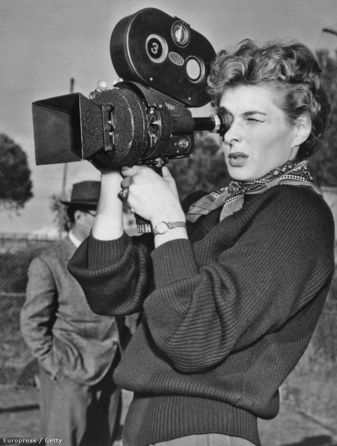 Az 1953-ban forgatott Mi, az asszonyok című film öt kisebb filmből állt össze. Az öt rövidfilmet más-más rendező rendezte és különböző színésznők játszották bennük a főszerepet. Ingrid epizódját természetesen Rossellini rendezte, a történet szerint Ingrid elrabolja a szomszédja csirkéjét, amiért az letapossa a rózsaágyását.
