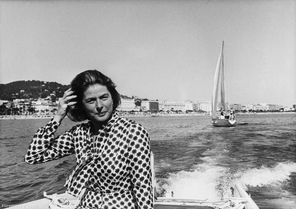 Ingrid a hetvenes években kifejezetten kevés színházi és filmszerepet vállalt el, de a mozi világában megtartotta kiemelt szerepét. 1973-ban például ő volt a Cannes-i Filmfesztivál zsűrijének elnöke. Ez a fotó is a filmfesztivál idején készült.