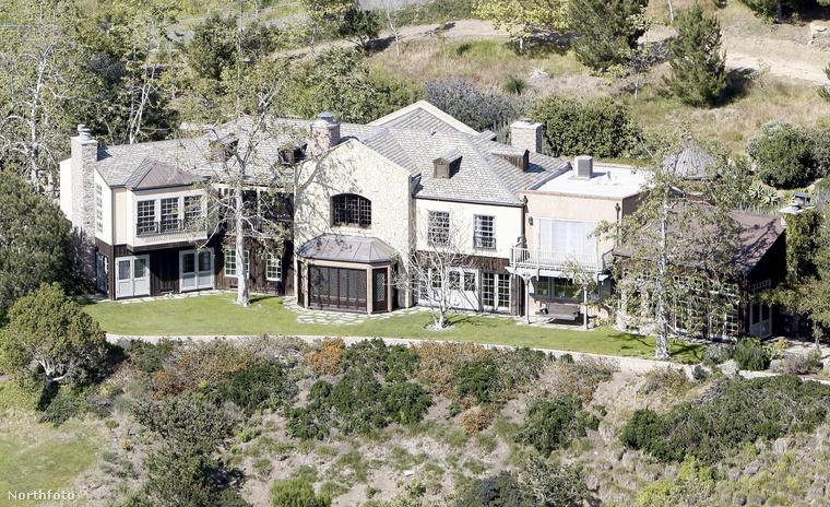 A ház közelebbről