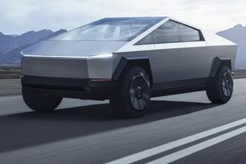 A Tesla Cybertruk is tud majd oldalazni?