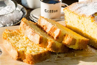 Joghurttal kevert egyszerű sütemény – Puha és levegős lesz