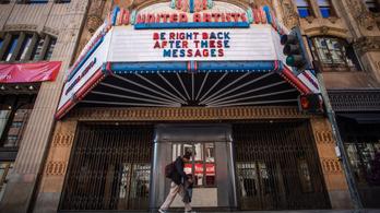 Amerikában az emberek fele akkor se menne egy darabig színházba, ha azok újranyitnának