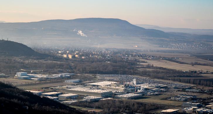 Az esztergomi Suzuki-gyár és környéke