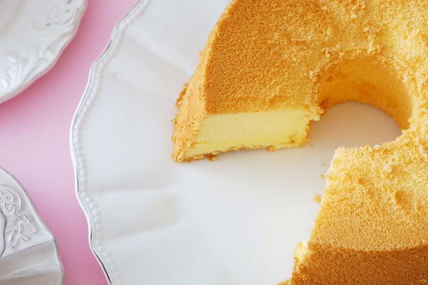 Egyszerű, habkönnyű sifon piskóta: tejtermék nélkül, narancslével készül