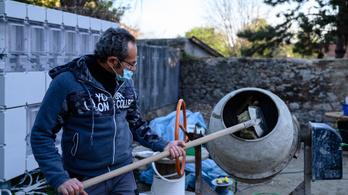 Állásokba kerülhet a magyar kurta munka körüli bizonytalanság