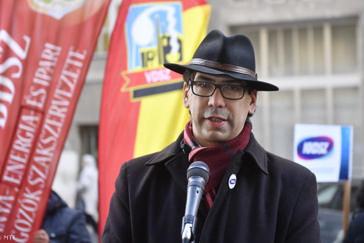 Csóti Csaba, a Szakszervezetek Együttműködési Fórumának elnöke