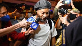 Ronaldinho négycsillagos szállodában tölti a házi őrizetét