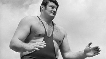 A magyar óriás bicegve érkezett az olimpiára, de mindenkin átgázolt