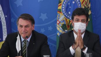 Bolsonaro leváltotta a koronavírus elleni harcot szorgalmazó egészségügyi miniszterét