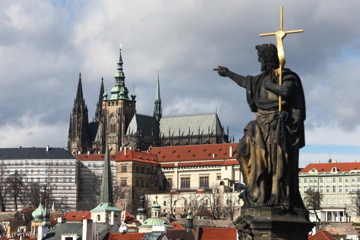A prágai Szent Vitus-székesegyház 2020. március 1-jén.