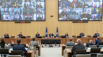 A NATO küzdelme a járvánnyal
