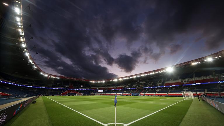Nehéz összerakni, mikor indulhat újra a futball Európában