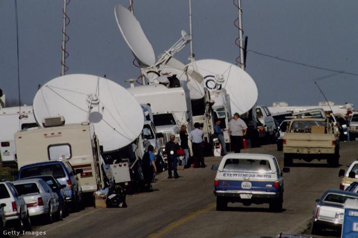 Óriási volt a médiafigyelem az 51 napos ostrom alatt