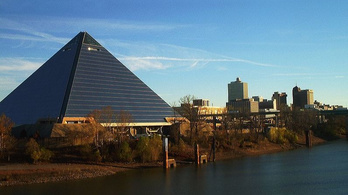 Mocsár van a világ egyik legnagyobb piramisában