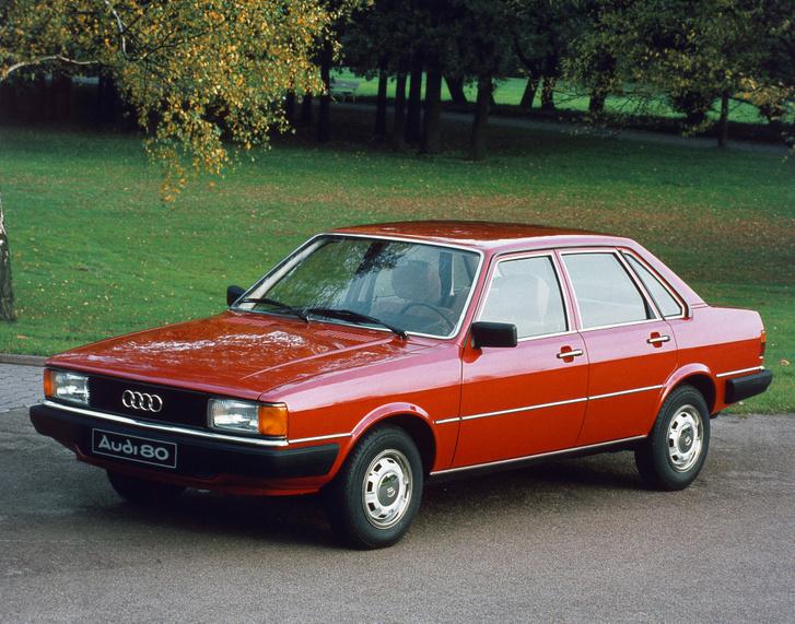 Édesanyám 1,6 literes, benzines Audija éppen ilyen volt, még a szín is stimmel