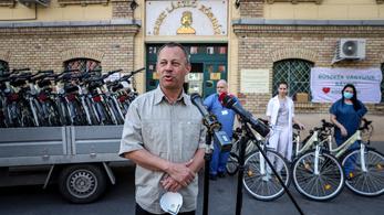 Ötszáz biciklit ajánlottak fel használatra egészségügyi dolgozóknak
