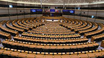 A magyar kormány szembe megy az európai értékekkel - mondja az Európai Parlament