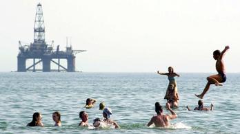 A Mol lezárta óriási azeri üzletét: jó ilyenkor olajmezőt venni?