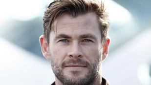 Chris Hemsworth fia a legváratlanabb pillanatban tűnt fel