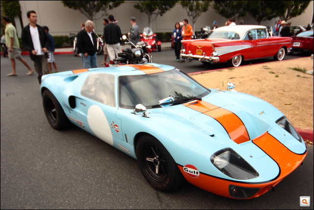A tökéletes kombináció: Ford GT40, Gulf Racing színekben
