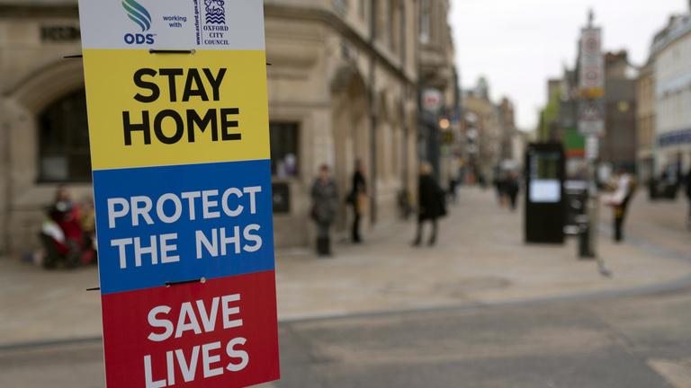 Több mint 15 ezer halott az Egyesült Királyságban