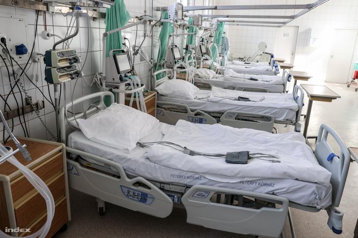 Kórterem a koronavírussal érintett betegek fogadására kialakított egyik osztályon