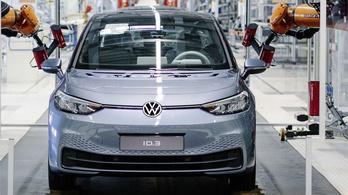Hétfőn elkezdi kinyitni gyárait a Volkswagen