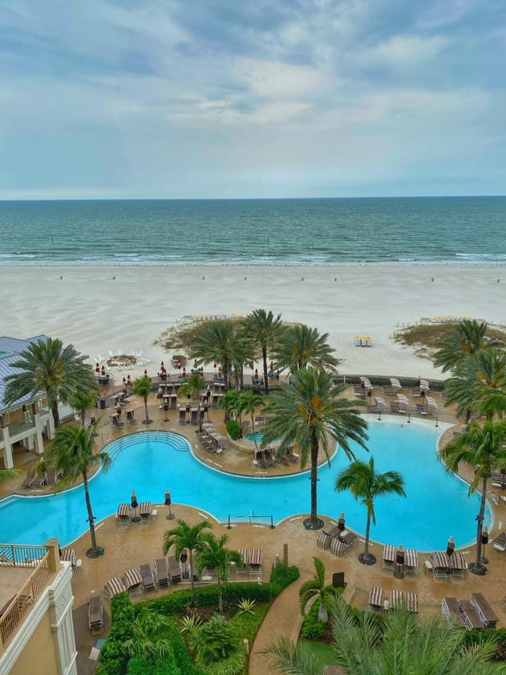 Van, akinek a szomszéd házra néz az ablaka, és van, akinek a floridai Clearwater Beachre