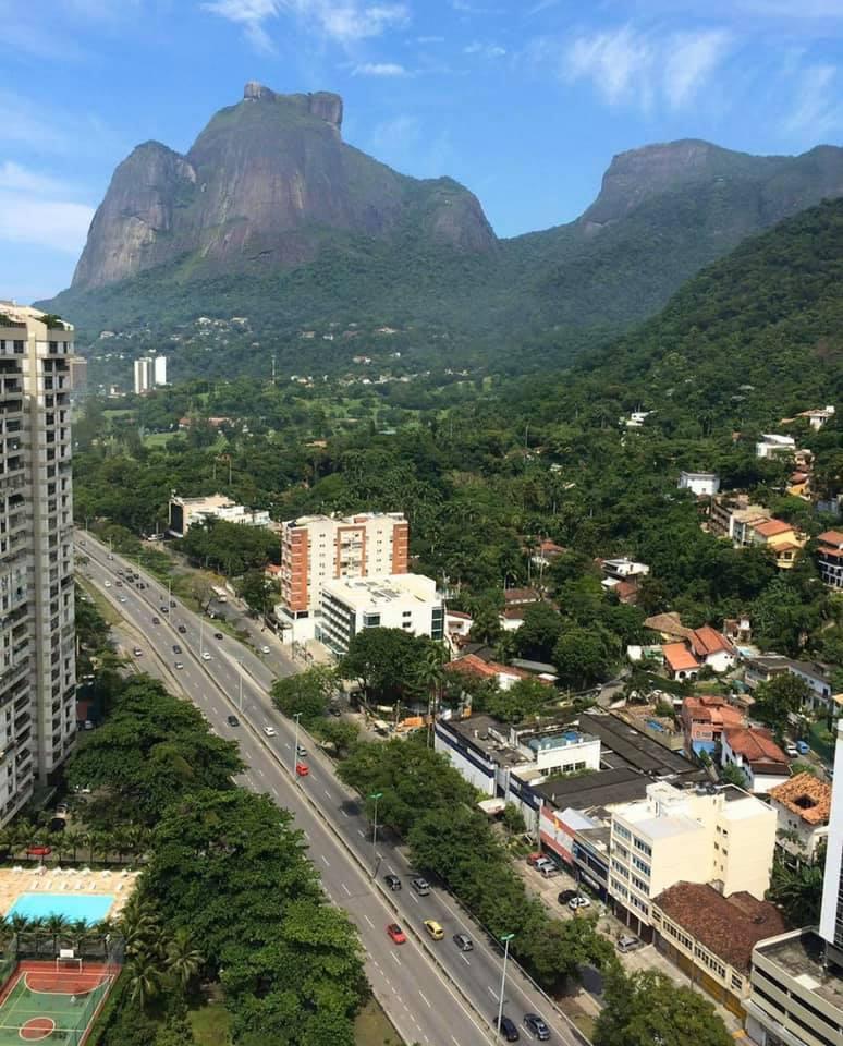 A Rio de Janeiró-i lakásában rekedt Claudia sem panaszkodhat