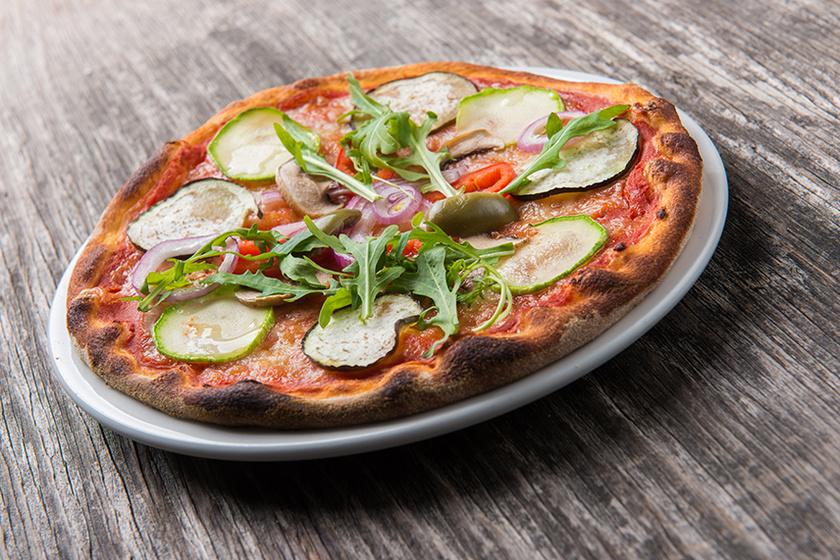 Cukkinis pizza: így készítve még a gyerekek is örömmel repetáznak a zöldségből