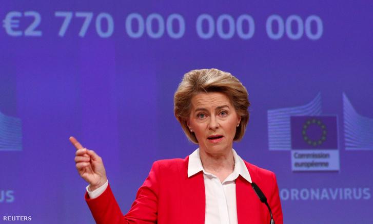 Ursula von der Leyen a koronavírus-járványról tartott sajtótájékoztatón Brüsszelben 2020. április 2-án