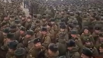 15 ezer orosz katona kerül karanténba a lefújt díszszemle miatt