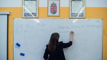 Olyan tanárok is érettségiztethetnek, akik nem tanítanak az iskolában