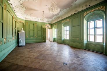 Egykor valamennyi szobát festés vagy selyemtapéta díszített