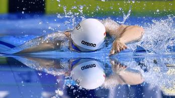 Jövő hétfőn folytatódhat a magyar úszók felkészülése