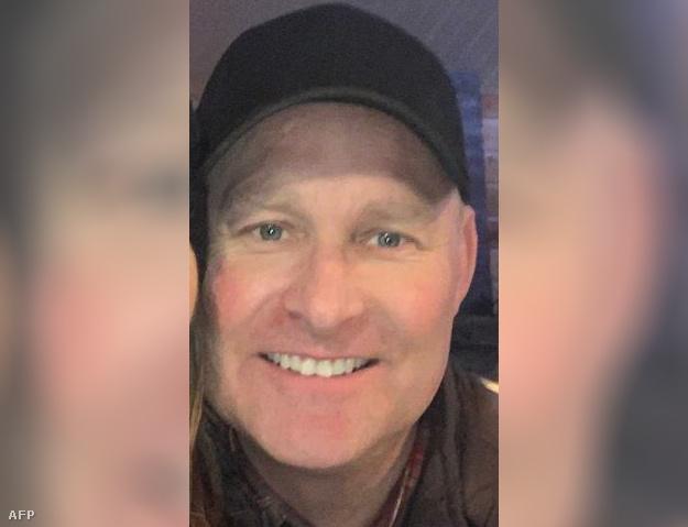 A kanadai rendőrség által kiadott fotó az elkövetőről