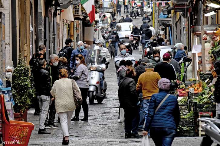 Crowded market on 8 April 2020 in Naples where narrow streets make it difficult to obey social distancing rules imposed by the government to control the coronavirus epidemic.