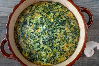 Fehérjedús, laktató spenótos frittata - A tojás mellett cottage cheese az alapja