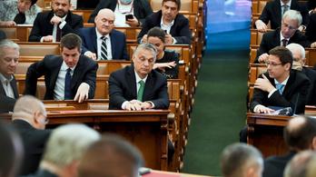 Závecz: A fideszesek többsége szerint sem váltható le demokratikus úton a kormány