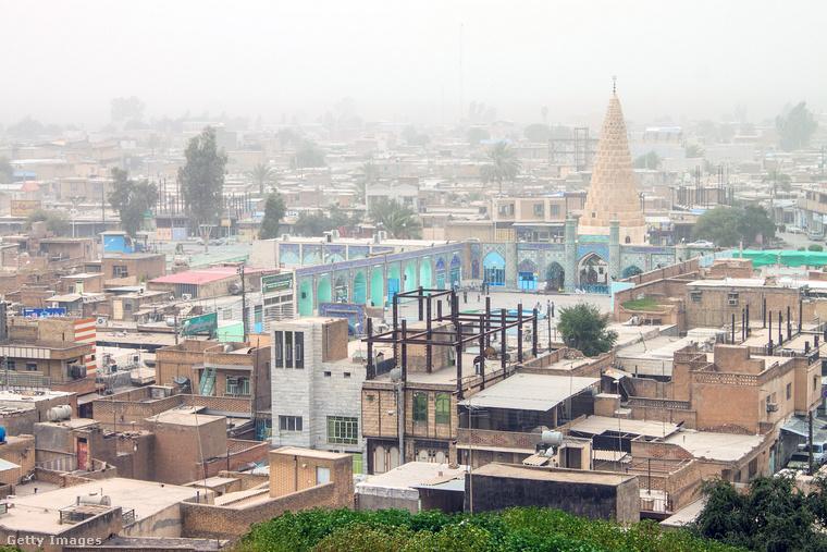 Az Irán keleti részén alapított Szúza az ókori Elám fővárosa volt mielőtt asszír kézre került