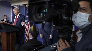 Trump aláírta a bevándorlást felfüggesztő rendeletet