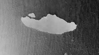 Győr méretű darab szakadt le a világ legnagyobb jéghegyéről