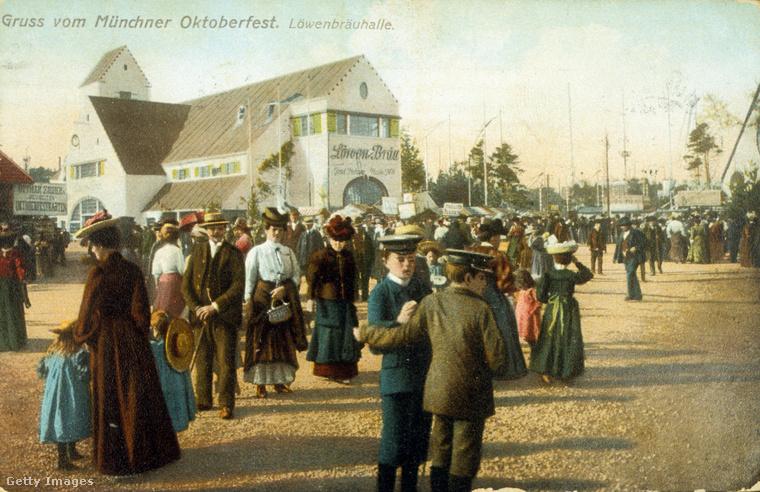Ezen a fotón az 1910-es Oktoberfestet örökítették meg, mint látja, akkor még egész visszafogott volt a rendezvény