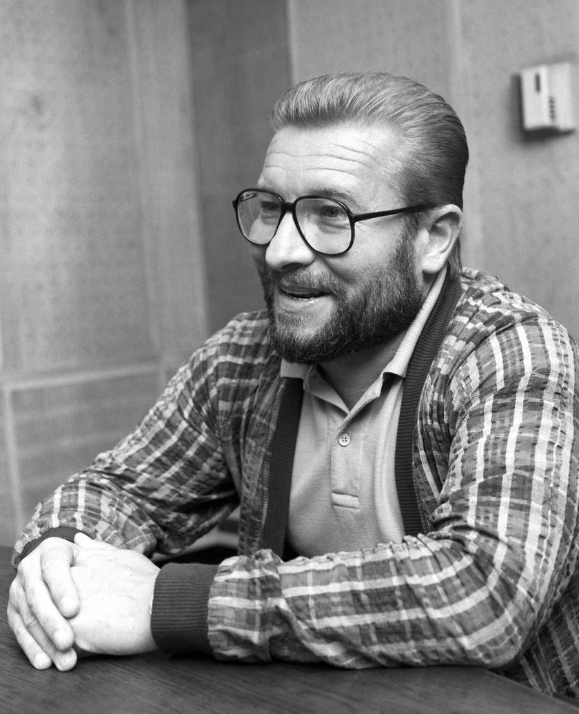 Győrffy Miklós 1988-ban a Magyar Rádió stúdiójában.