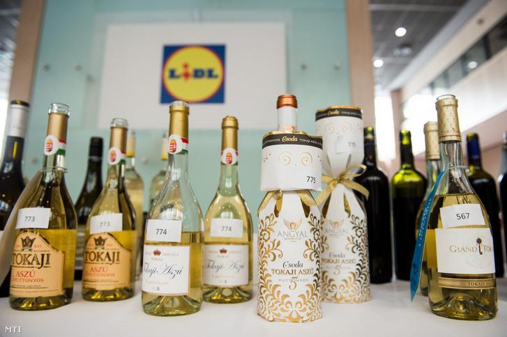 Borok a Lidl Wine Expo Hungary borkiállítás budapesti sajtótájékoztatóján 2017. március 8-án.