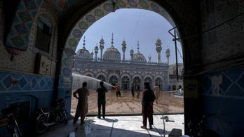 Indonéziában 27 millió ember utazását korlátozzák a ramadán idején