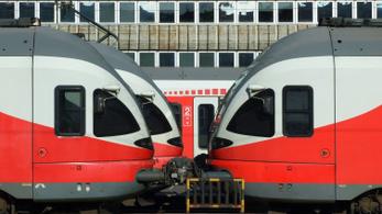 Korszerűsíti a piros FLIRT vonatokat a MÁV